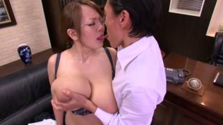 恵体爆乳秘書、田中瞳、ドスケベ社長にその爆裂ボディを弄られる!