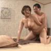 恵体人妻風俗嬢、彩奈リナ(七原あかり)、キモいオッサンとホテルのベットでパコパコタイムを始める!